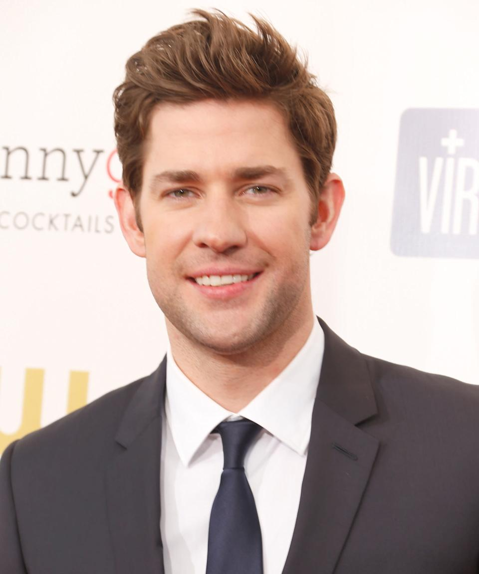 """<strong><h2>2012</h2></strong> The higher Krasinski's hair got, the more interested fans and subgroups on <a href=""""https://www.reddit.com/r/malehairadvice/comments/8jnyth/how_do_you_think_john_krasinski_did_his_hair/"""" rel=""""nofollow noopener"""" target=""""_blank"""" data-ylk=""""slk:Reddit"""" class=""""link rapid-noclick-resp"""">Reddit</a> became. <span class=""""copyright"""">Photo: Jeff Vespa/WireImage.</span>"""
