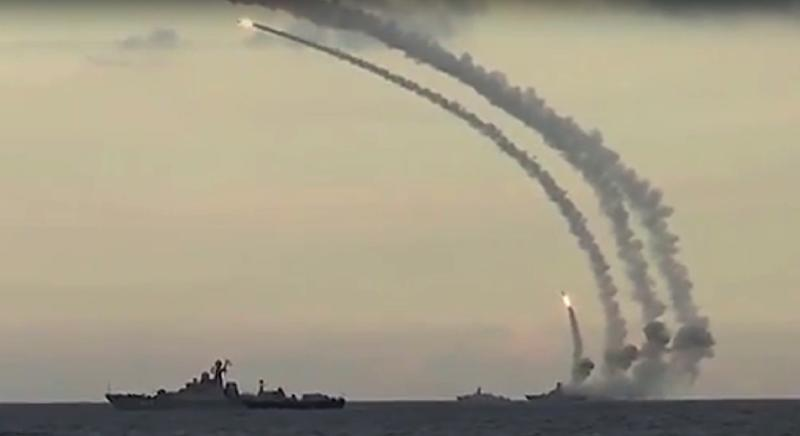 A Russian warship in the Caspian Sea launched cruise missiles at Islamic State group targets based inside Syria, on November 20, 2015 (AFP Photo/)