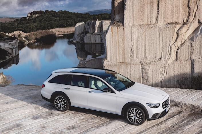 Unlike other European automakers, Mercedes has been a stalwart in exporting station wagons to the U.S., never abandoning our market. Their latest is a freshened, jacked up, and plastic-dipped version of its elegant five-door.