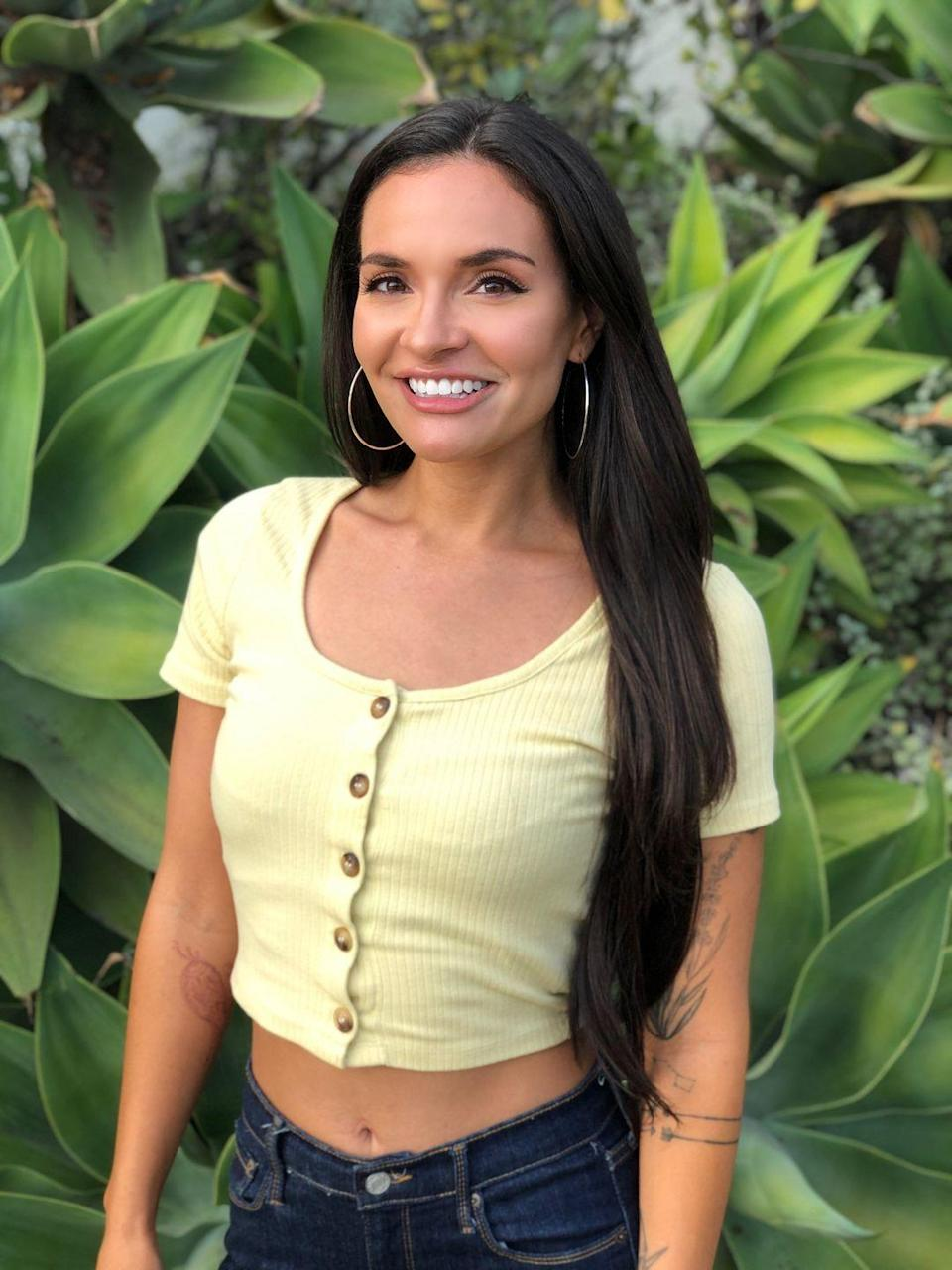 """<p>Carolyn describes herself as """"Paisa Colombianita,"""" a.k.a. a rural Colombian gal. She's lived in Boston and now resides in Los Angeles. There, Carolyn is failing as a plant mom but fares better as a dog mom. She enjoys the beach, natch, and works as a journalist.</p><p>Chris says she has a lot of relationship experience, since she's been engaged twice.</p><p><strong>Age: 30</strong></p><p><strong>Hometown: Newburyport, MA</strong></p><p><strong>I</strong><strong>n</strong><strong>stagram: @carolyn.vallejo</strong></p>"""