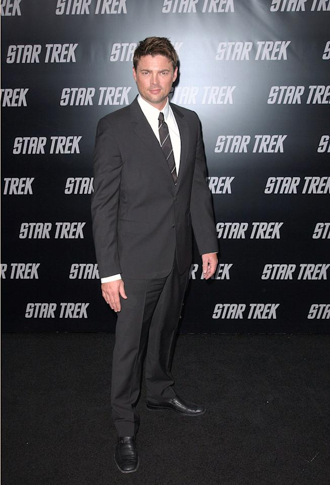 "<a href=""http://movies.yahoo.com/movie/contributor/1804383477"">Karl Urban</a> at the Los Angeles premiere of <a href=""http://movies.yahoo.com/movie/1809752801/info"">Star Trek</a> - 04/30/2009"