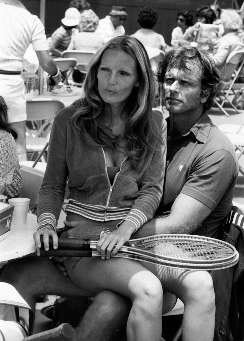 Actor Ron Ely and wife Valerie Lundeen in 1977. (Photo: Getty Images)