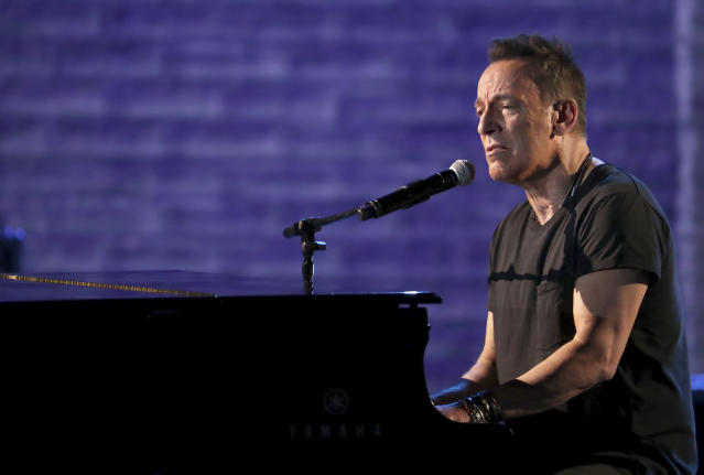 Bruce Springsteen performs at the 72nd annual Tony Awards at Radio City Music Hall on Sunday, June 10, 2018, in New York City. (Photo: Michael Zorn/Invision/AP)