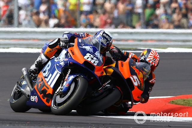 "Johann Zarco, Red Bull KTM Factory Racing y Oliveira <span class=""copyright"">Gold and Goose / Motorsport Images</span>"