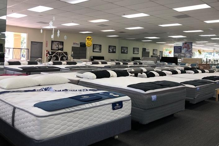 "<b>photo: jenn h./<a href=""https://www.yelp.com/biz_photos/ortho-mattress-irvine-2?utm_campaign=186d6ed2-55a9-45db-a3bc-d4adb6829e36%2C5c03e1c4-7b83-4de7-b696-4eb5c04d6d75&utm_medium=81024472-a80c-4266-a0e5-a3bf8775daa7"" rel=""nofollow noopener"" target=""_blank"" data-ylk=""slk:yelp"" class=""link rapid-noclick-resp"">yelp</a></b>"