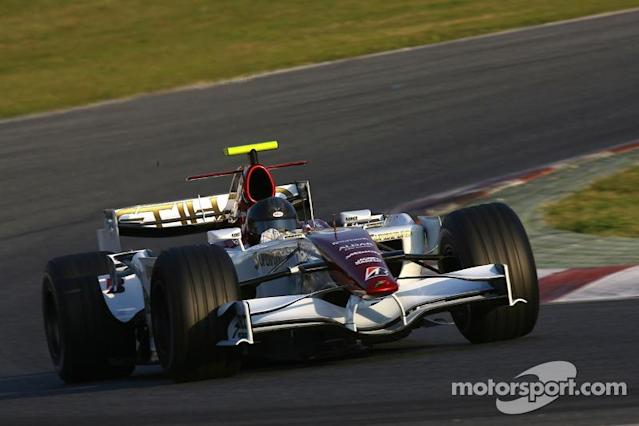 """Force India F8-VII-B (2007) solo pruebas <span class=""""copyright"""">XPB Images</span>"""