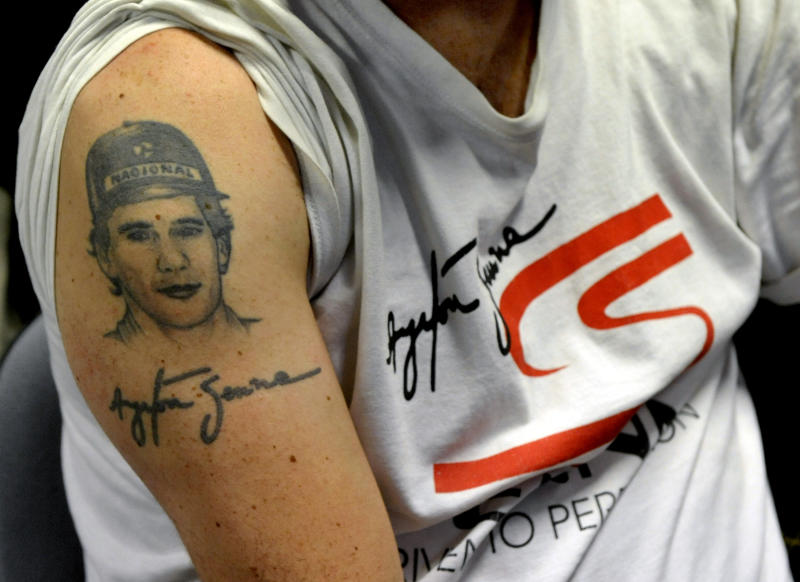 In Imola, crowds honor Senna 20 years after death