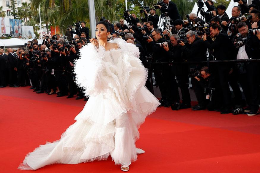 Aishwarya Rai Bachchan looks gorgeous in a gown as she walks on the red carpet at the 72nd international film festival in Cannes, France. (Image: Reuters)