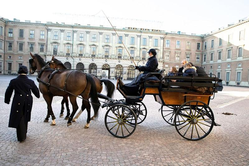 Emilia's carriage ride | Sara Friberg Kungl. Hovstaterna