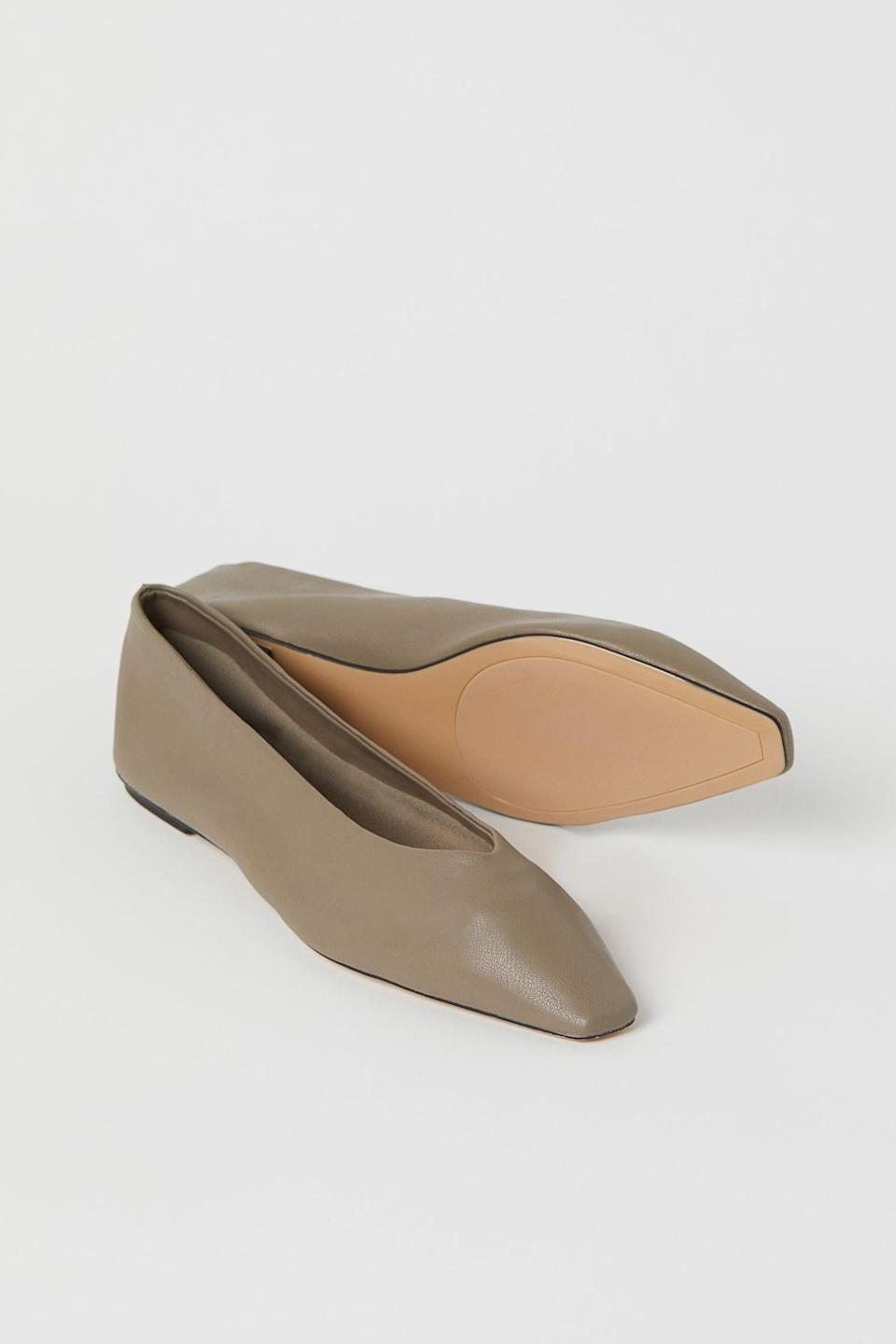 <p>The olive shade of these <span>H&amp;M Ballet Flats</span> ($16, originally $25) make them extremely versatile.</p>