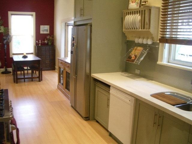 BEFORE: The original kitchen lacked personality and warmth.