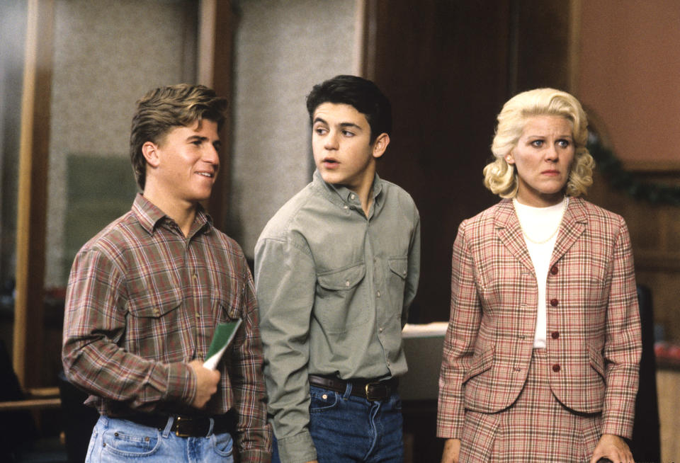 """Jason Hervey, left, Fred Savage, and Alley Mills in the 1992 episode """"Let Nothing You Dismay."""" (Photo: ABC Photo Archives/ABC via Getty Images)"""