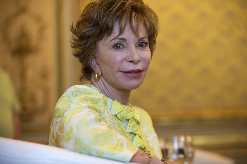 """FILE - In this June 5, 2017 file photo, Chilean author Isabel Allende poses for a photograph in Madrid.  Allende's latest book """"A Long Petal of the Sea"""" was released this month. (AP Photo/Francisco Seco, File)"""