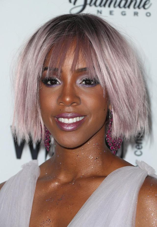<p>The singer switched things up for the Wearable Art Gala with this lavendar choppy bob, silver smoky eyeshadow, and metallic purple lipstick. (Photo: Getty Images) </p>