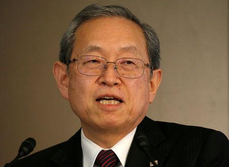 Toshiba Corp CEO Tsunakawa attends a news conference at the company's headquarters in Tokyo