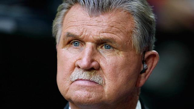 Former Chicago Bears player and coach Mike Ditka comments on oppression in radio interview with Jim Gray.
