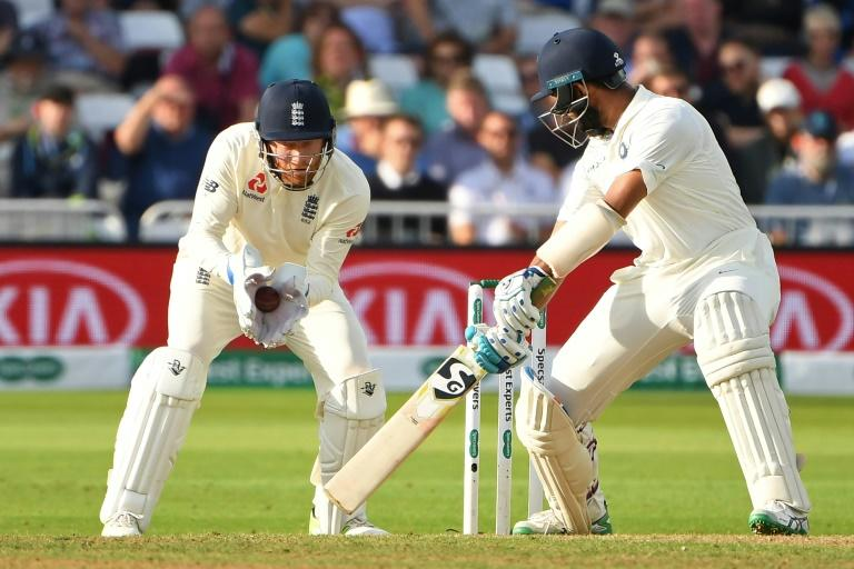 Will England risk wicket-keeper Jonny Bairstow after he broke a finger?