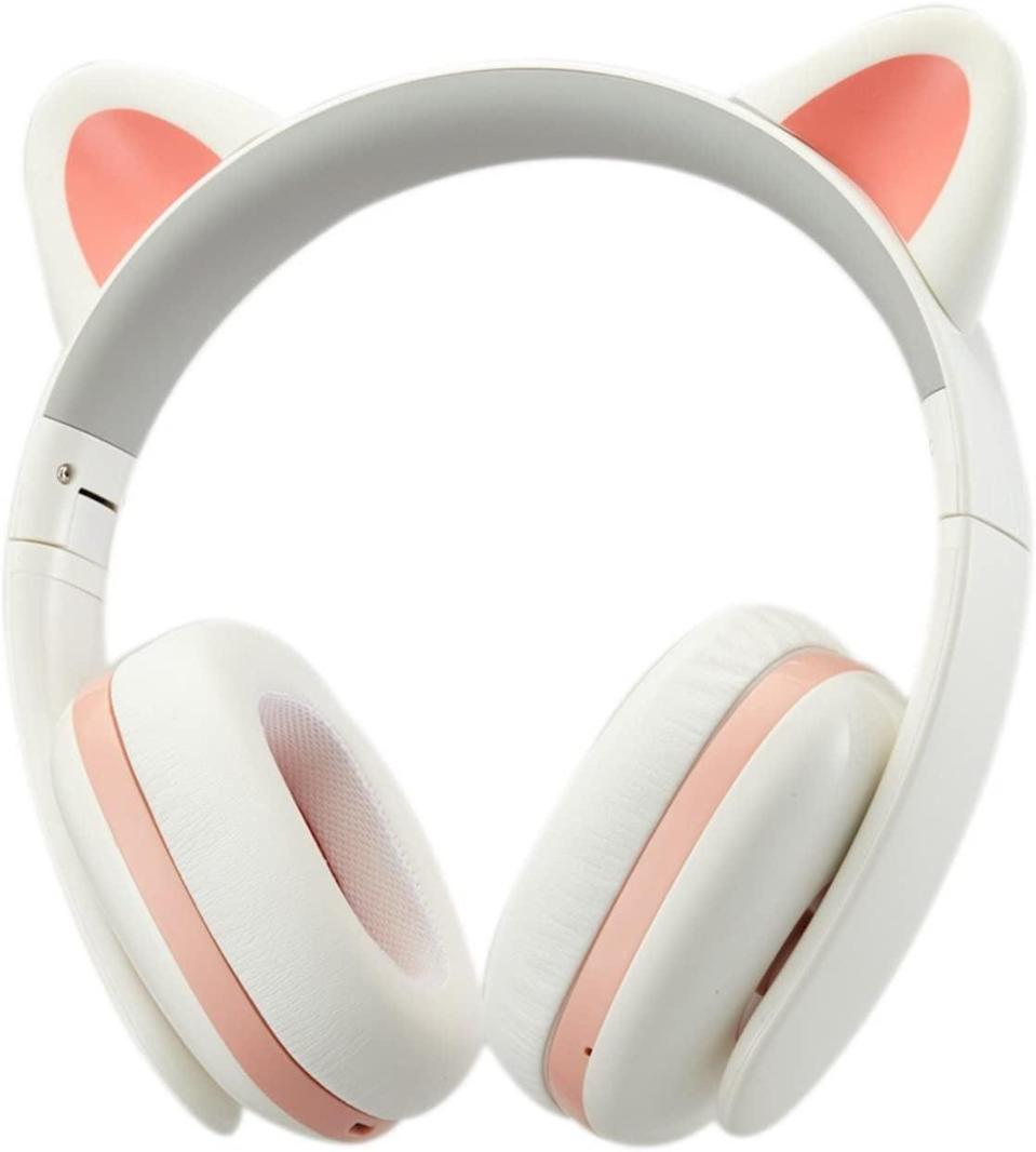 <p>You can never go wrong gifting a pair of headphones, but these <span>Censi Music Creative Cat Noise Canceling Headphones</span> ($100) are extraspecial since they double as an adorable accessory.</p>
