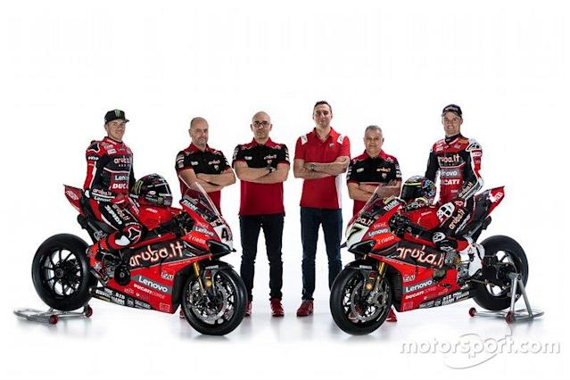 "Scott Redding, Aruba.it Racing Ducati, Chaz Davies, Aruba.it Racing Ducati and Aruba.it Racing Ducati Team Management <span class=""copyright"">Aruba.it Racing</span>"