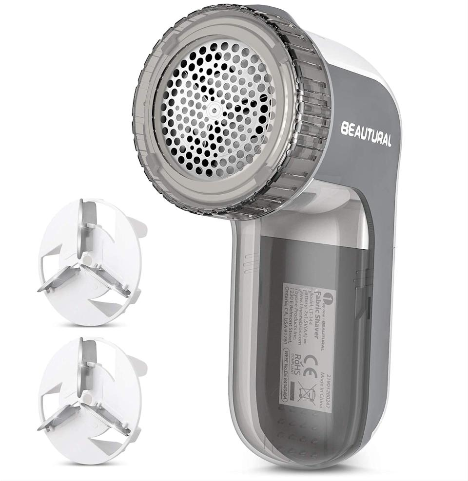 Beautural Lint Remover Fabric Shaver and Sweater Defuzzer. Image via Amazon.