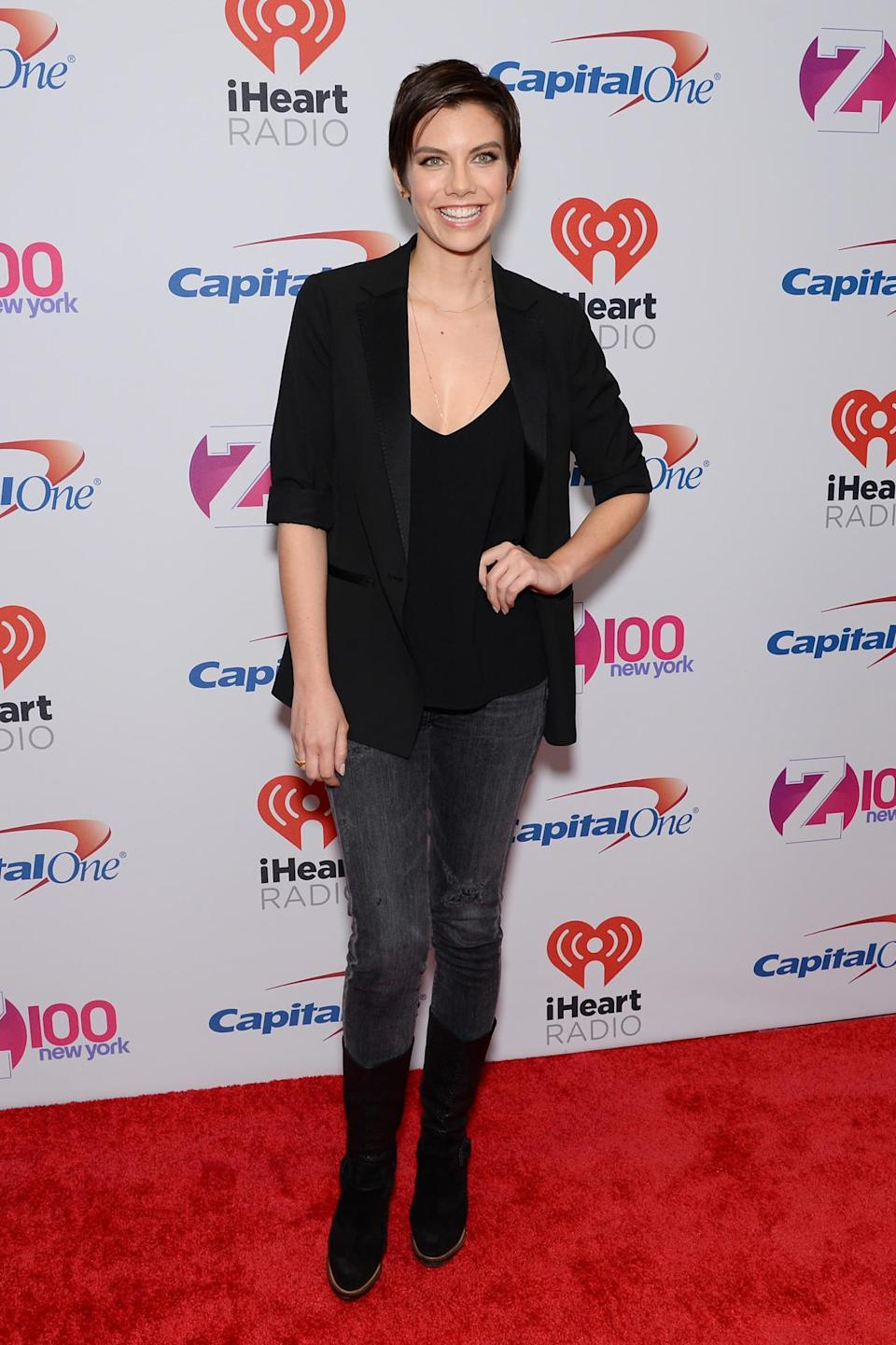 <p>With nary a zombie in sight, the <i>Walking Dead</i> star rocked all black save for her grey, distressed jeans, looking like a vision with her cropped cut.</p>