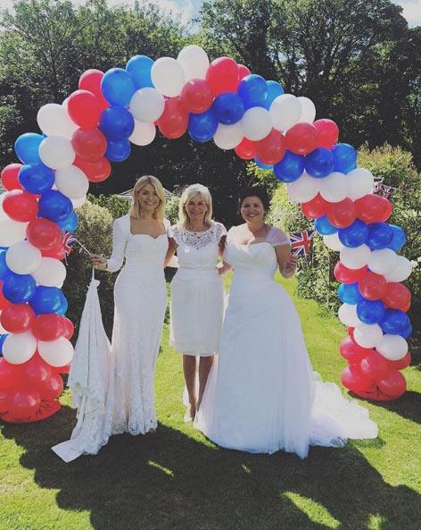 Holly-Willoughby-wedding-dress-royal-wedding-may