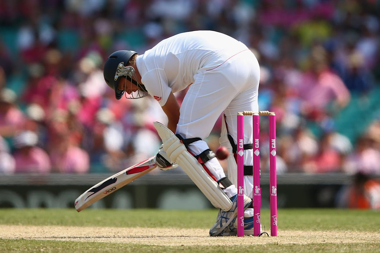 SYDNEY, AUSTRALIA - JANUARY 05: Gary Ballance of England is dismissed for lbw during day three of the Fifth Ashes Test match between Australia and England at Sydney Cricket Ground on January 5, 2014 in Sydney, Australia.  (Photo by Cameron Spencer/Getty Images)