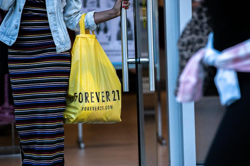 Forever 21 Proposes Auction to Keep Fashion Chain in Business