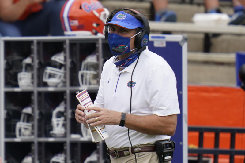 Florida pauses all football activities after 'increase in positive COVID tests' class=