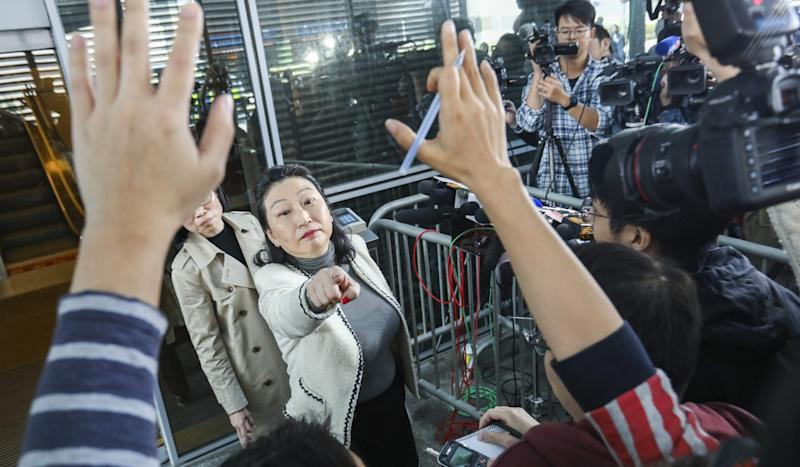 Lawyers' group calls on Hong Kong justice minister to delegate prosecution decisions