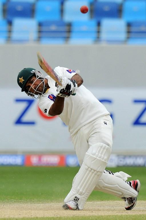 Pakistan batsman Sarfraz Ahmed plays a shot during the fourth day of the second cricket Test match between Pakistan and Sri Lanka at the Dubai International Cricket Stadium in Dubai on January 11, 2014.  AFP PHOTO/Ishara S. KODIKARA