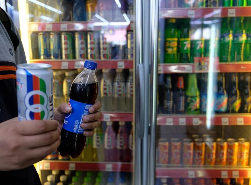 Malaysia is considering a tax on soft drinks, but it may not be enough to push Malaysians to reduce their sugar consumption. ― Bernama pic