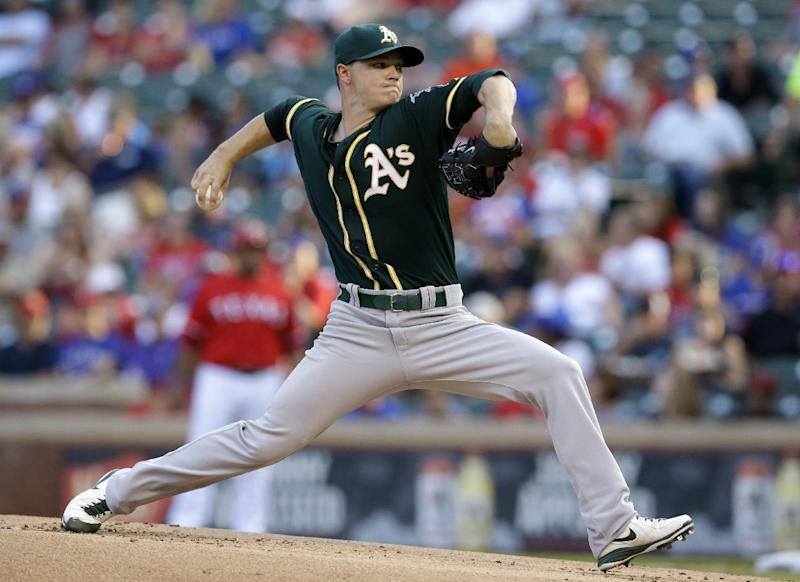 Gray wins 6th straight, A's 4 HRs beat Texas
