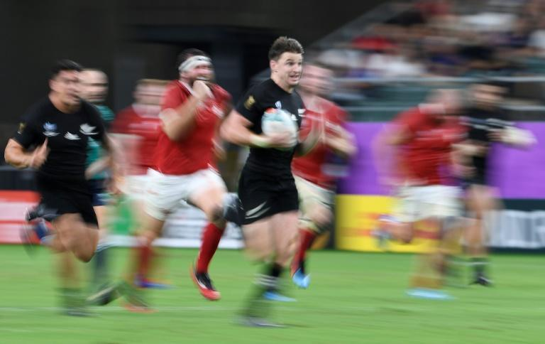 New Zealand's Beauden Barrett is relishing his new role at fullback (AFP Photo/CHRISTOPHE SIMON)