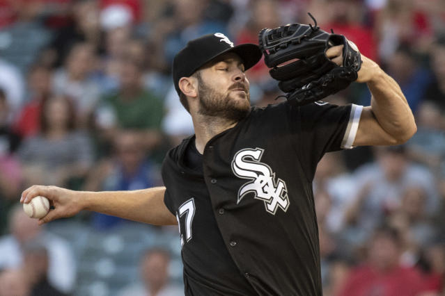 Chicago White Sox starting pitcher Lucas Giolito delivers a pitch during the first inning of a baseball game against the Los Angeles Angels in Anaheim, Calif., Monday, July 23, 2018. (AP Photo/Kyusung Gong)