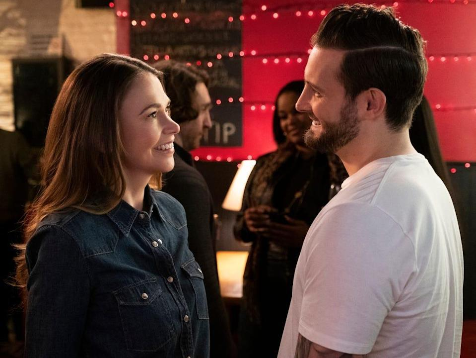 """Sutton Foster and Nico Tortorella on """"Younger"""" series finale"""