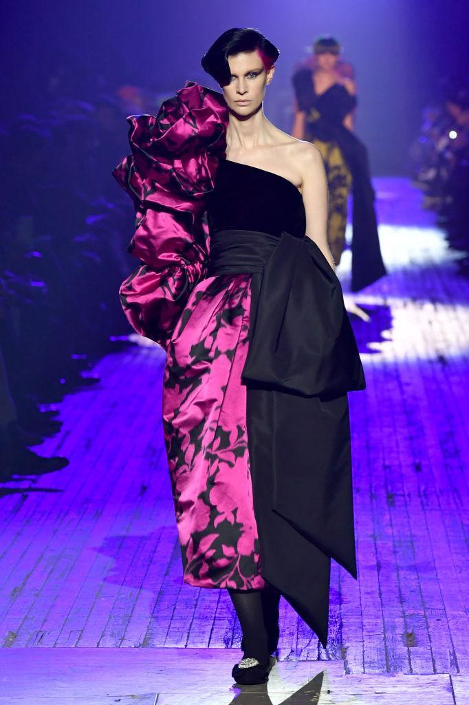 <p>A black-and-pink ruffled dress at the Marc Jacobs FW18 show. (Photo: Getty) </p>