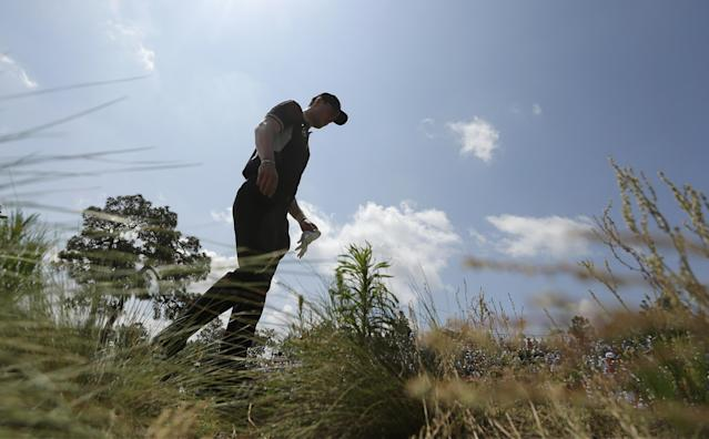 Martin Kaymer, of Germany, walks to the fourth tee during the second round of the U.S. Open golf tournament in Pinehurst, N.C., Friday, June 13, 2014. (AP Photo/Charlie Riedel)