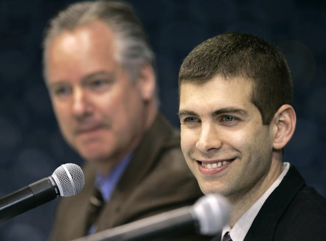 Brad Stevens smiles as he is introduced by Butler athletic director Barry Collier on April 5, 2007. (AP)