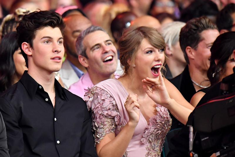 LAS VEGAS, NV - MAY 20: Recording artists Shawn Mendes (L) and Taylor Swift during the 2018 Billboard Music Awards at MGM Grand Garden Arena on May 20, 2018 in Las Vegas, Nevada. (Photo by Jeff Kravitz/FilmMagic)