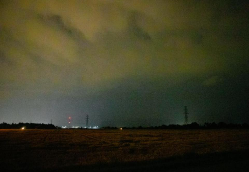 PHOTOS: Dangerous nocturnal thunderstorms catch southern Ontarians off guard