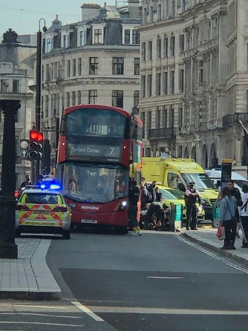 Multiple emergency workers were in attendance at Oxford Circus (Twitter/EmreOzCabbie)