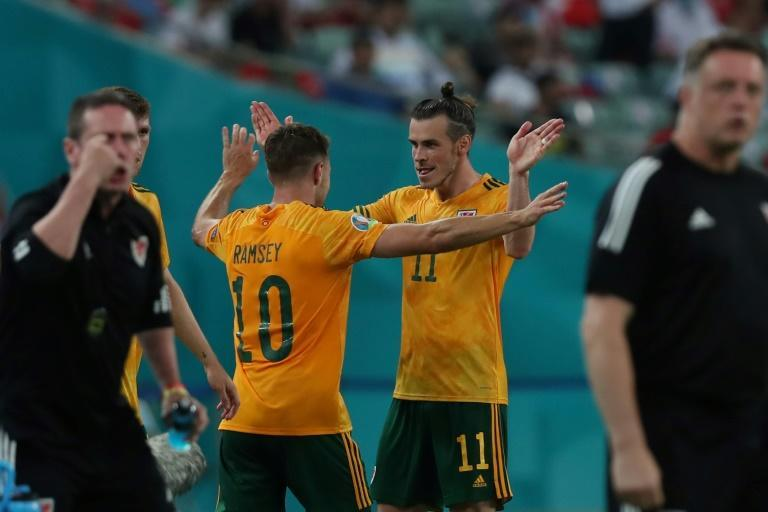 Aaron Ramsey (L) and Gareth Bale created four chances against Turkey