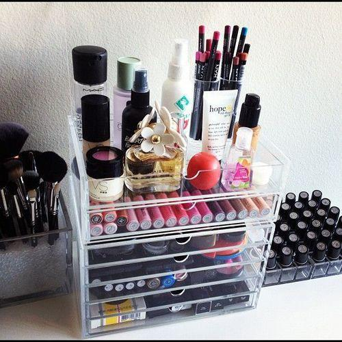 10 Beauty Storage Solutions