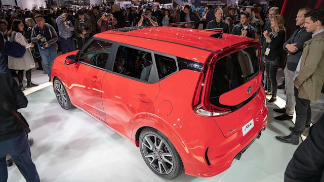 2021 kia soul loses options colors for new model year yahoo money
