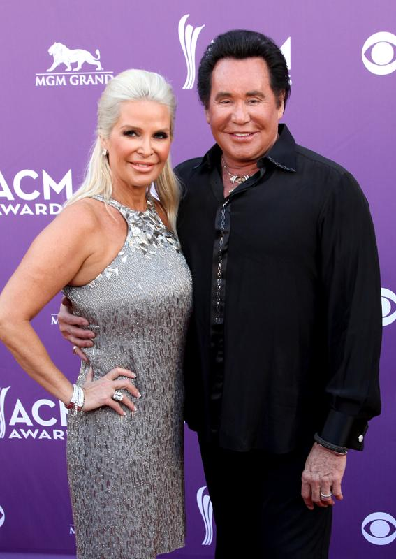 WAYNE NEWTON, Live from the RAM Red Carpet, 47th Annual ACM Awards, Las Vegas, NV