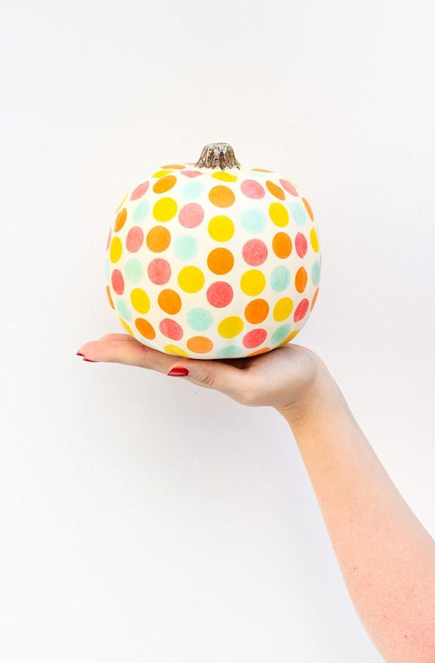 """<p>A confetti pumpkin = instant party.</p><p>Get the tutorial at <a href=""""http://thecraftedlife.com/diy-confetti-pumpkin/"""" target=""""_blank"""">The Crafted Life</a>.</p><p><strong>More</strong>: <a href=""""http://www.housebeautiful.com/entertaining/holidays-celebrations/g4632/glitter-pumpkins/"""" target=""""_blank"""">12 Glitter Pumpkins That Will Glam Up Your Porch This Halloween</a><br></p>"""