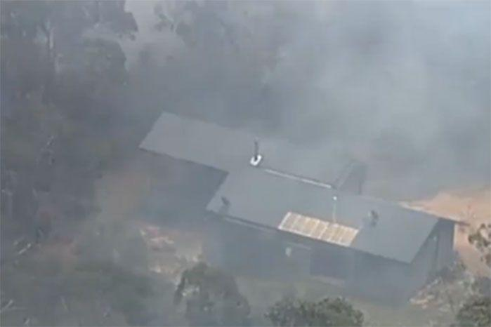 Residents have been told to follow their bushfire survival plan. Image: 7 News
