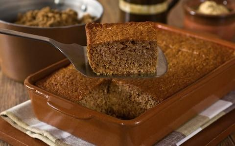 Parkin ginger cake - Credit: Simon Reddy/Alamy