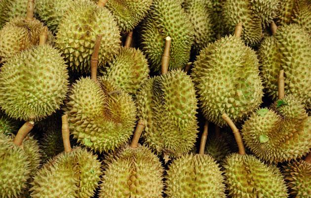 Are durians loaded with cholesterol? (Thinkstock photo)